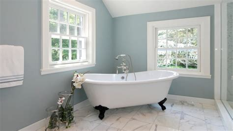 Best Small Bathroom Colors | best bathroom colors for small bathroom with navy wall