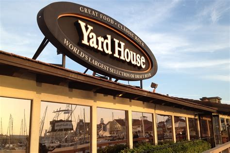 yard house restaurant yard house sequoia restaurant entertainment