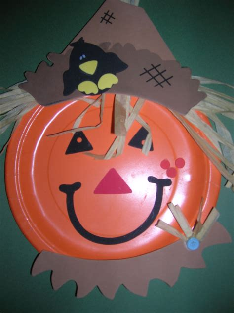 Paper Plate Fall Crafts - pumpkin scarecrows fall autumn ideas fallcrafts for