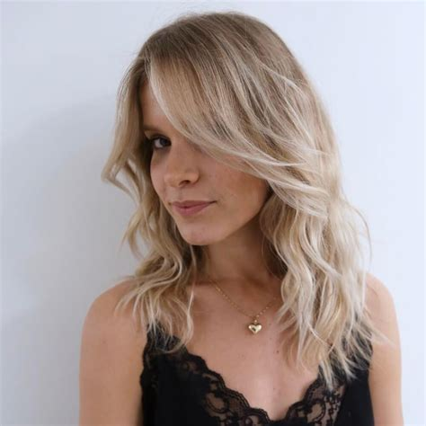50 stunning medium layered haircuts updated for 2018 - New Hairstyle For Medium Hair