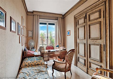appartments in rome italian film director federico fellini s rome apartment
