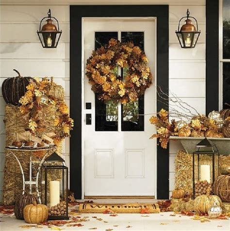 60 pretty autumn porch d 233 cor ideas digsdigs - Fall Porch Decorating Ideas