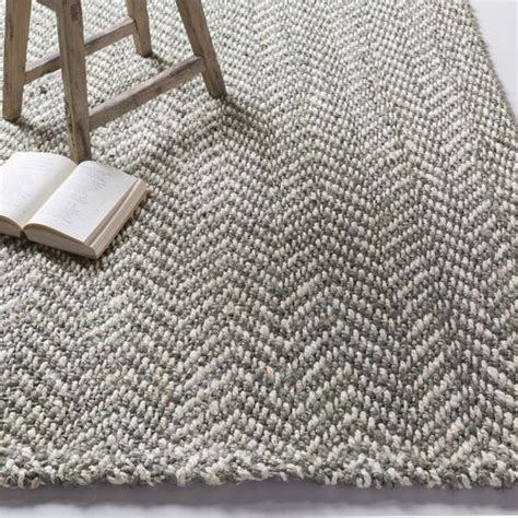 grey bedroom rugs best 25 gray area rugs ideas on pinterest living room