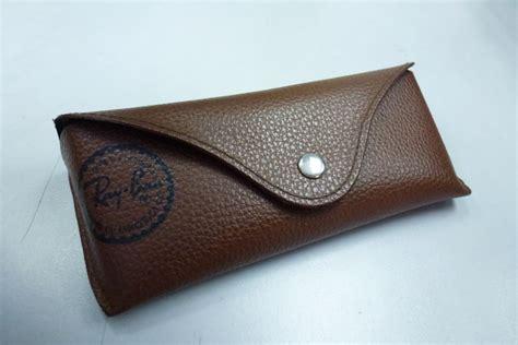 Murah Box Casetempat Simpan Kacamata barang branded murah april 2012