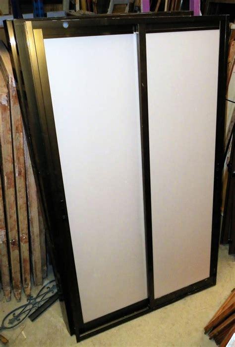 puerta aluminio interior m 225 s de 25 ideas incre 237 bles sobre puertas correderas de