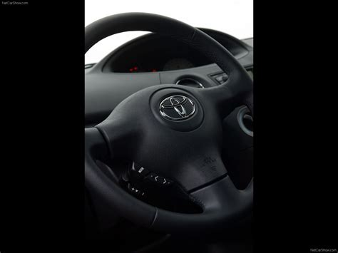Yaris Interior Toyota Yaris 2003 Picture 65 Of 67 1280x960