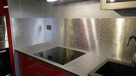 cr馘ence autocollante pour cuisine amazing credence autocollante pour cuisine 5 plaque