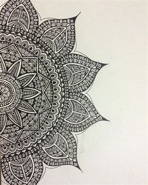 zentangle pattern drawing as meditation pinterest javi kassens art doodles inspiration