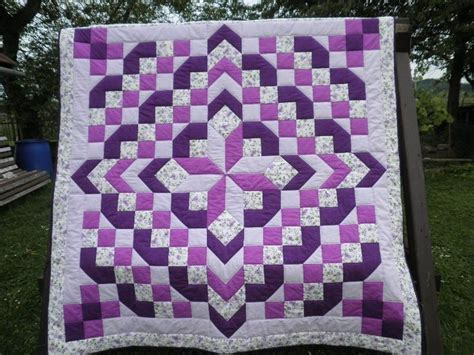 Purple Quilt by 25 Best Ideas About Purple Quilts On Batik