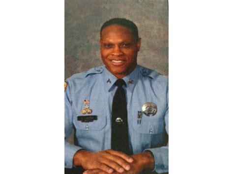 Nopd Officer by Veteran Nopd Officer Suspended After Footage