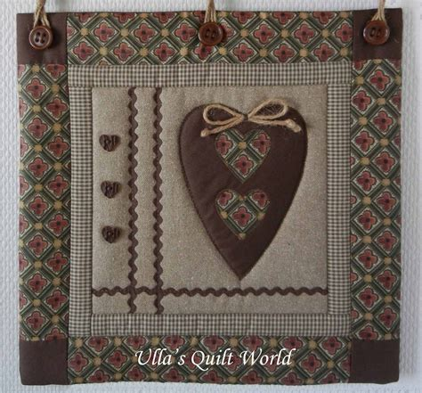 How To Make A Quilt Wall Hanging by Ulla S Quilt World Wall Hanging Quilt And Bird