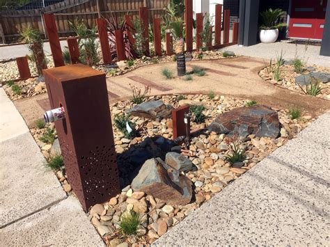 Garden Rocks Melbourne Garden And Patio Low Maintenance Plants Flowers For Front Yard Landscaping Rustic Modern House