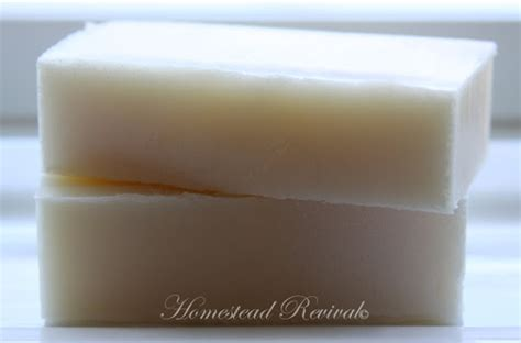 Handmade Goat Milk Soap Recipe - homestead revival goat milk soap tutorial