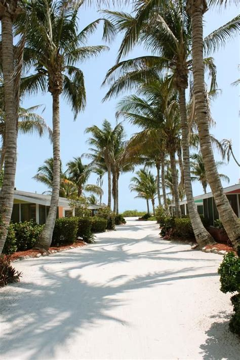 Cottages In Sanibel Island by Waterside Inn On The A Beachfront Resort Sanibel Island Condos And Beachfront Cottages