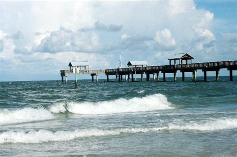 am i to at sixty to a beachy look hairstyle pier 60 picture of clearwater beach clearwater