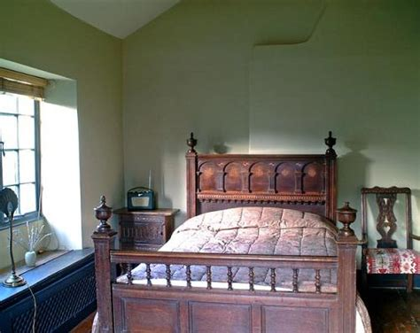 english cottage bedroom old english country interior decorations