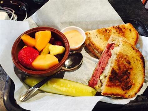 first street ale house reuben and fresh fruit picture of first street ale house livermore tripadvisor