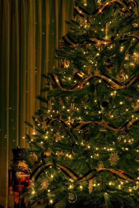 arbol dorado navidad