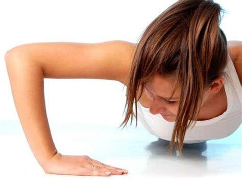 flessioni pettorali interni esercizi pettorali per la donna foto dieta
