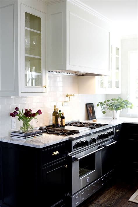 kitchen cabinets white top black bottom kitchen cabinets white top black bottom manicinthecity