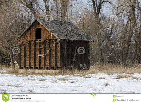 kleiner stall alter kleiner verlassener stall stockfotos bild 23209183