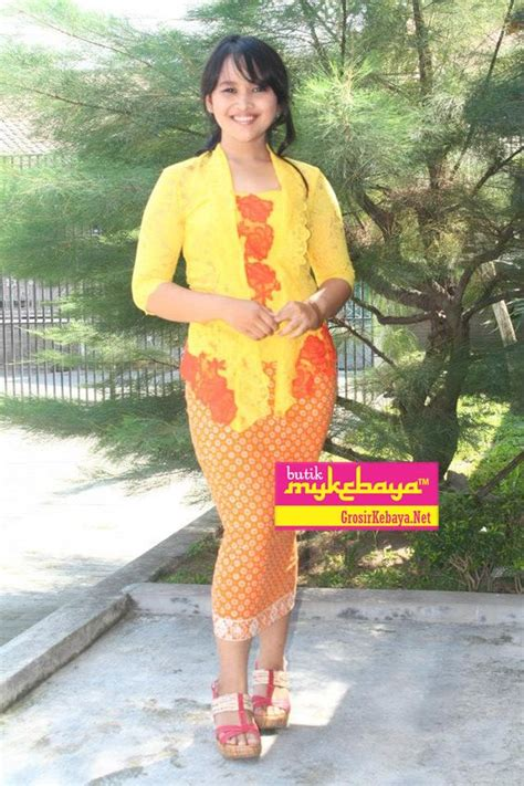 Kebaya Bali Modern Modifikasi Wisuda Wedding 10 the world s catalog of ideas
