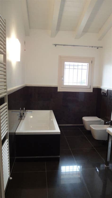 bagni particolari bagni moderni particolari interno bagno in bianco e