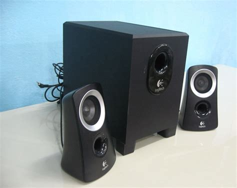 Logitech Speaker Z313 2 1 logitech z313 2 1 multimedia speaker used furniture for sale