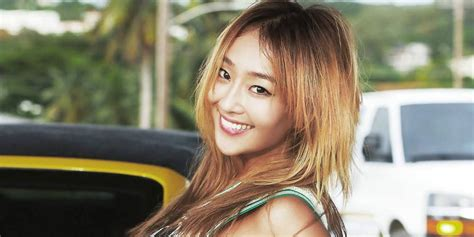 hyorin put on hair hyorin put on hair hyorin dancing to ma boy on duet song