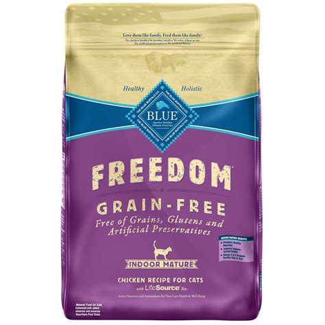 blue buffalo grain free food blue buffalo freedom grain free chicken indoor cat food petco