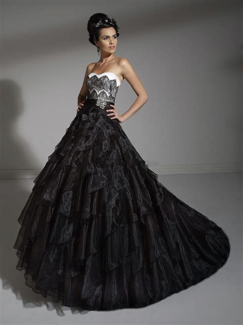 8 Breathtaking Black Wedding Dresses For The Unique Bride