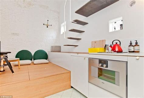 275 Square Feet Britain S Smallest Home Sells For 163 275k Despite Being Less