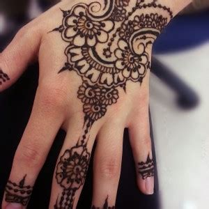 henna tattoo artist in houston 7 talented henna artists in houston tx gigsalad