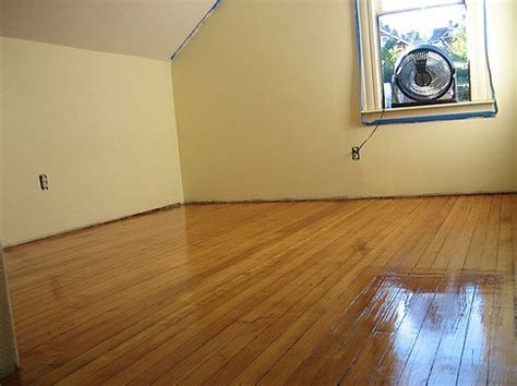 7 Tips On Keeping Your Floors Shiny by Tips To Keep Hardwood Floors Shiny Home Improvement Tips
