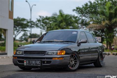 GETTINLOW   Nanda's 1993 Toyota Corolla
