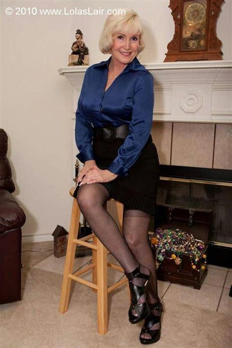 1856 Schon Blouse Seris B blue 섹시 매쳐 satin blouses satin and