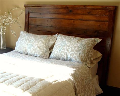 Reclaimed Wood Headboard Diy Hodge Podge Lodge The Search For A Headboard
