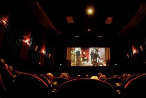 film posesif di bioskop investor asing berminat investasi di bioskop indonesia