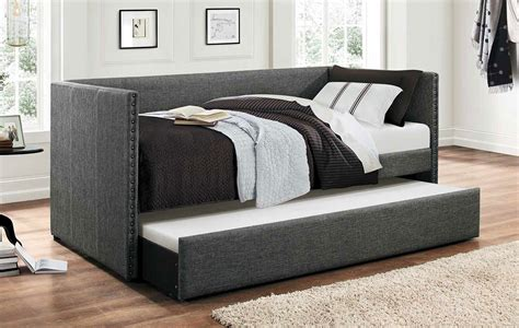 therese daybed  trundle living room