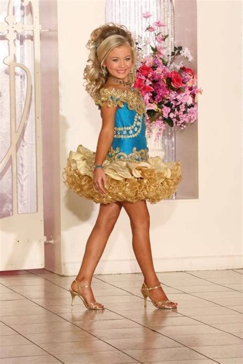 boys in dresses on pinterest pageants beauty pageant boy dressed as a girl for womanless beauty pageant