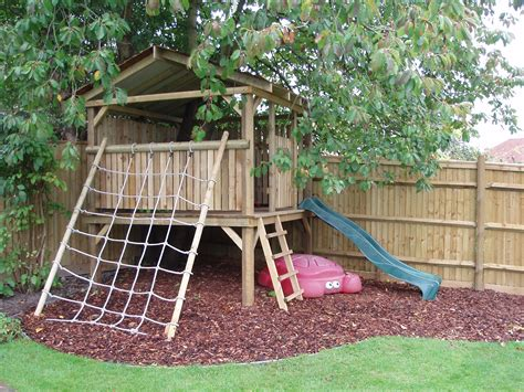 backyard forts and playhouses a d landscapes ltd play houses and forts garden design