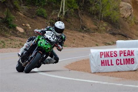 hill climb racing motocross bike hill climb racing motocross bike 28 images 1000