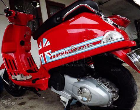 Modifikasi Vespa Inggris by Foto Modifikasi Motor Fespa Modifikasi Yamah Nmax