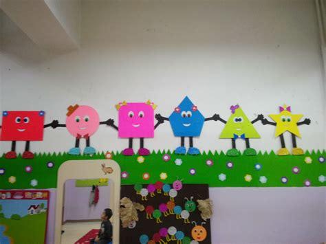 decorations for preschoolers preschool shapes bulletin board ideas for 3 171 funnycrafts