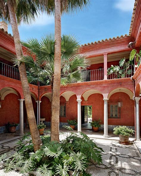 decoration espagnole maison en andalousie un pass 233 recompos 233 style