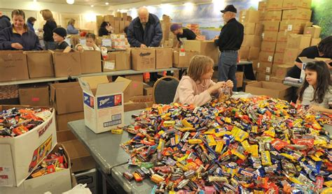 Hyannis Food Pantry by Cape Cod Help Calendar News Capecodtimes
