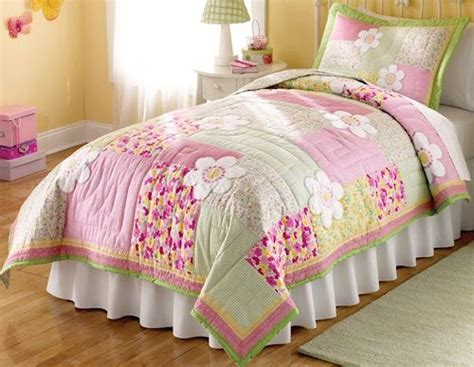 little girl twin bedroom set floral pink and green bedding 2pc twin quilt set kids
