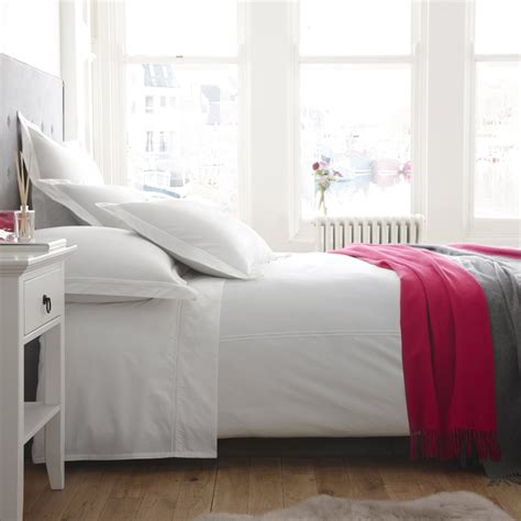 cotton vs linen sheets grab the most comfortable bedding for eclectic bedroom