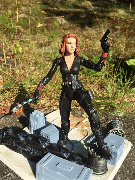 Batons Ht Black Widow Aou marvel select black widow figure review photos marvel news