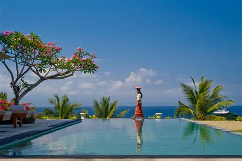 infinity pool bali uluwatu infinity pools and turquoise sea nigelsaywell
